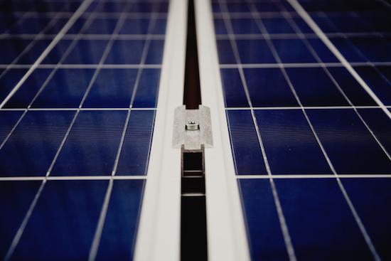 les diff rents types de panneaux solaires ohm easy. Black Bedroom Furniture Sets. Home Design Ideas